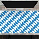 Schreibtischunterlage XXL mit integriertem Mousepad Flagge Bayern