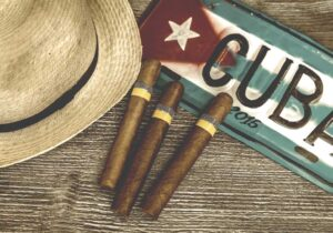 Schreibtischunterlage Kubanische Zigarillos aus Vinyl