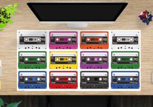Schreibtischunterlage groß Bunte Kassetten aus Vinyl