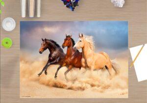 Schreibtischunterlage - Drei Pferde - aus Vinyl